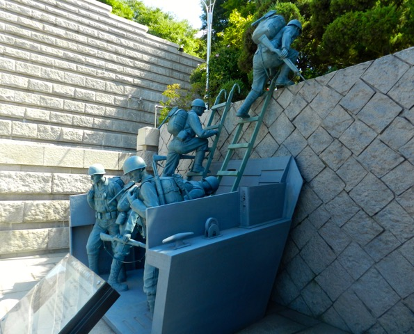Statue outside of Inchon Landing Museum depicting Lt. Lopez and his Marines (Photo courtesy of Ned Forney)