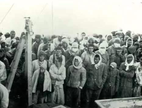 Refugees boarding Lane Victory at Wonsan, North Korea, Dec. 1950 (photo credit: www.lanevictory.org)