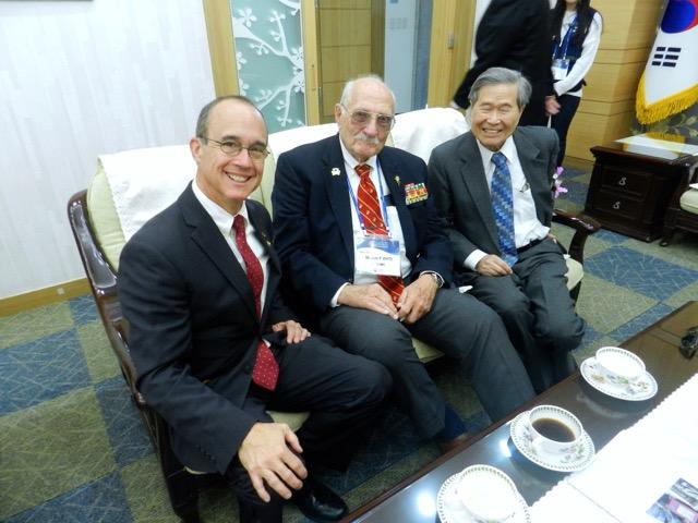 Ned with Chosin veterans